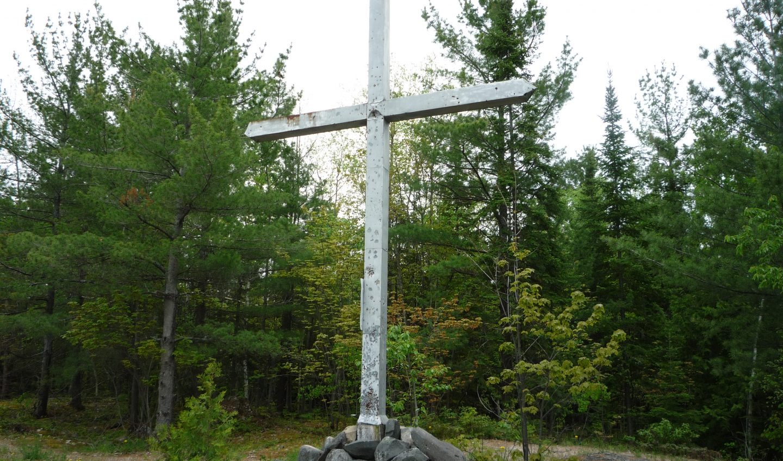 croix sur la montagne à Ville-Marie, installée par les Frères St-Gabriel en 1940